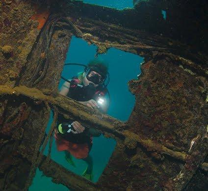 bmot-beforeyougo-diving-divecenters-etheridgewreck-5f6a19e53fd46-424x389