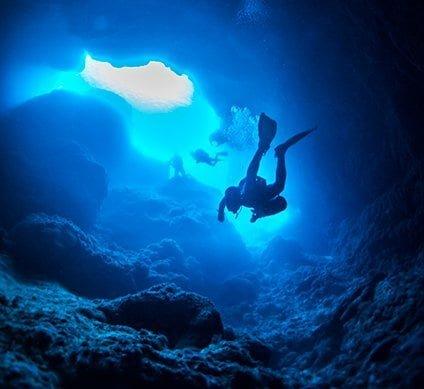 bmot-beforeyougo-diving-divecenters-lucayannationalparkcavern-5f6b51e83ad79-424x389